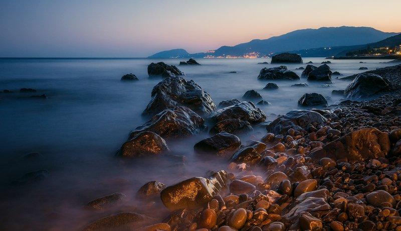 крым, пейзаж, лето, вода, море, вечер, камни, сотера, закат, облака, горы Летний вечер...photo preview
