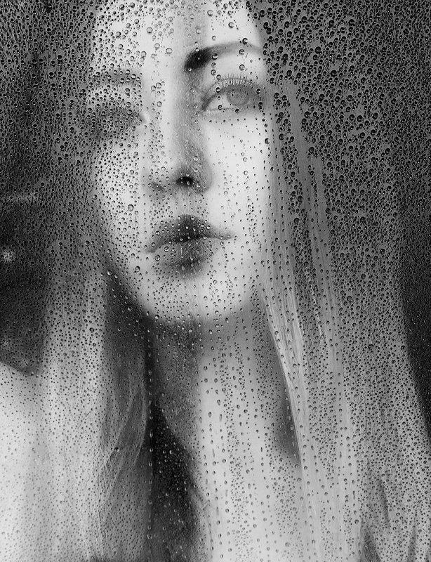 девушка, капли, лицо, крупный портрет Дождьphoto preview