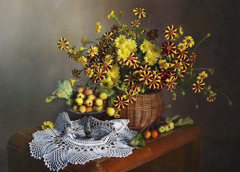 натюрморт,цветы,яблоки,осень,вера павлухина, И снова осень...photo preview