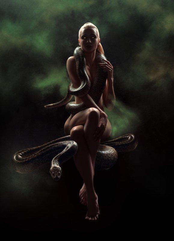 #взгляд #sight #портрет #snake #darkbeauty #girl #змеи #девушка #naked Змеиная Богиняphoto preview