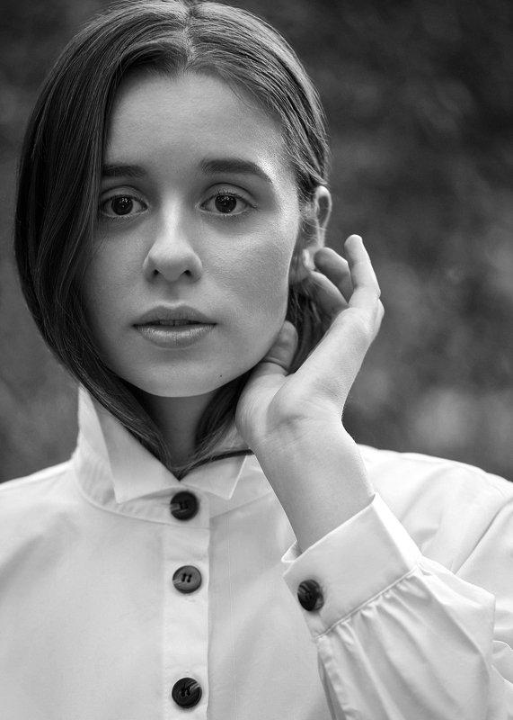 portrait, girl, model, eyes, hair, lips, face, beauty, facial, make-up, photographer, russia, nikon Alinaphoto preview