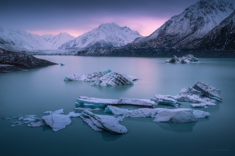 новая зеландия, тасман, пейзаж Озеро Тасман...photo preview