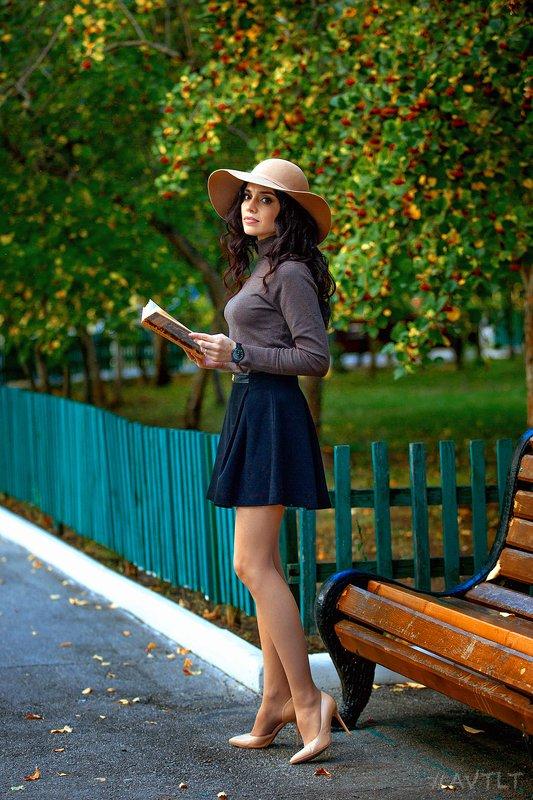 портрет, улица, парк, сквер, прогулка, уличная, уличный, на улице, девушка Мария фото превью