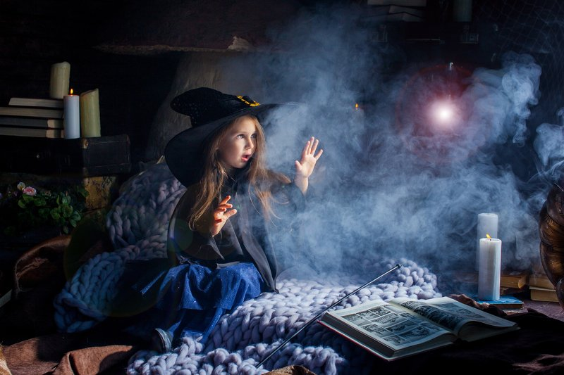 girl, witch, magic, fog, witchcraft, glare, smoke, model, little model, art, portrait, childhood little witchphoto preview