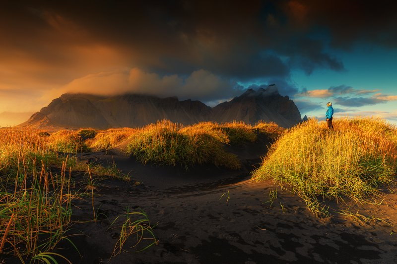 iceland,selfie,sunset,vestrahorn selfie with Vastrahornphoto preview