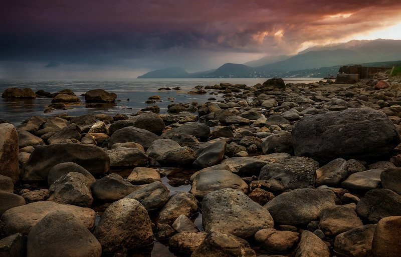 крым, пейзаж, лето, вода, море, вечер, камни, сотера, Перед бурейphoto preview