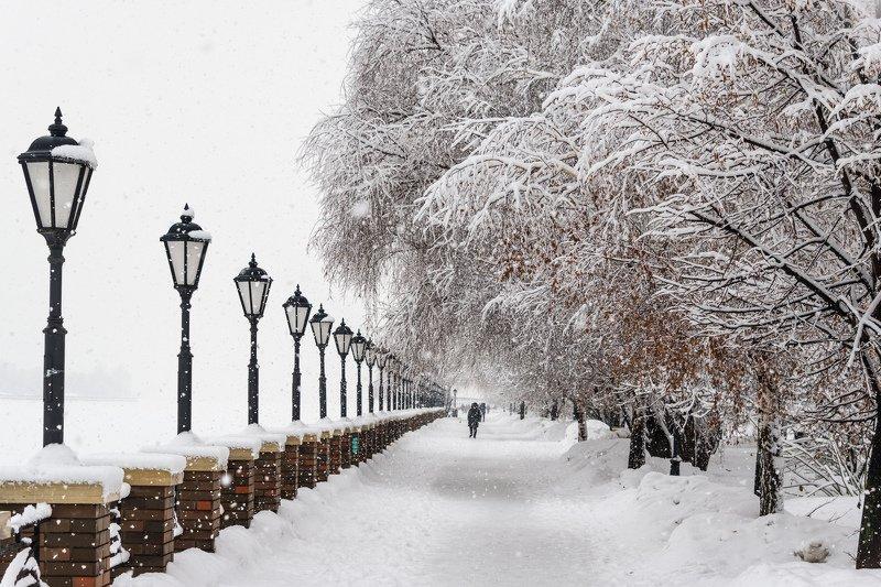 Снегопад в Москвеphoto preview