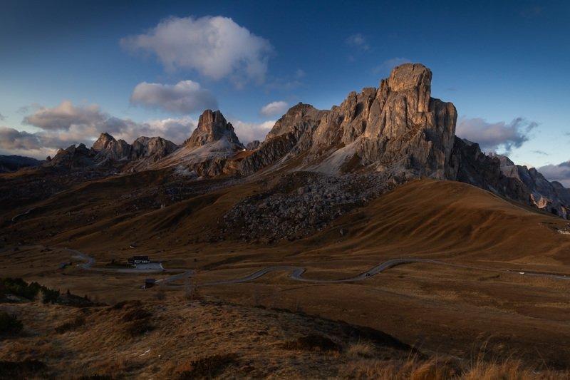 италия, доломиты, перевал пассо джау, горы, облака, закат, осень Перевал Пассо Джау.photo preview