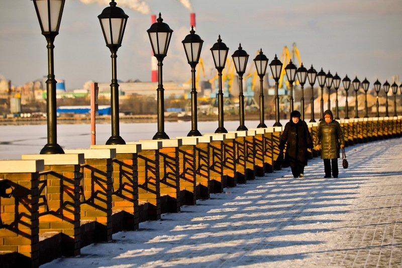 набережная, москва, река, ограждение, ритм, солнце, снег Солнечный зимний деньphoto preview