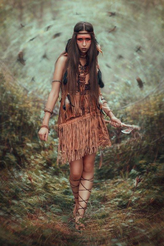 индеец, апачи, постановочная фотография, fine art, tyagushovaphoto, фотограф тягушова, томагавк, бубен,  лес, туман, озеро, индианка, одежда индейцев, украшения индейцев, На тропе войныphoto preview
