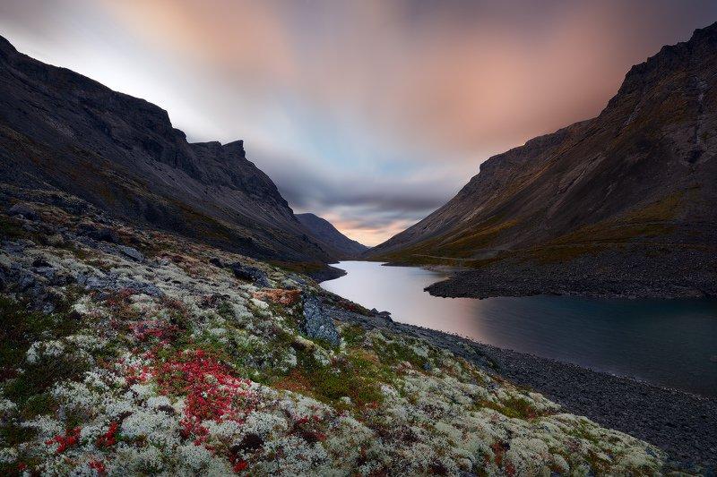 хибины, кольский Перевал Кукисвумчорр и озеро Длинное, Хибиныphoto preview