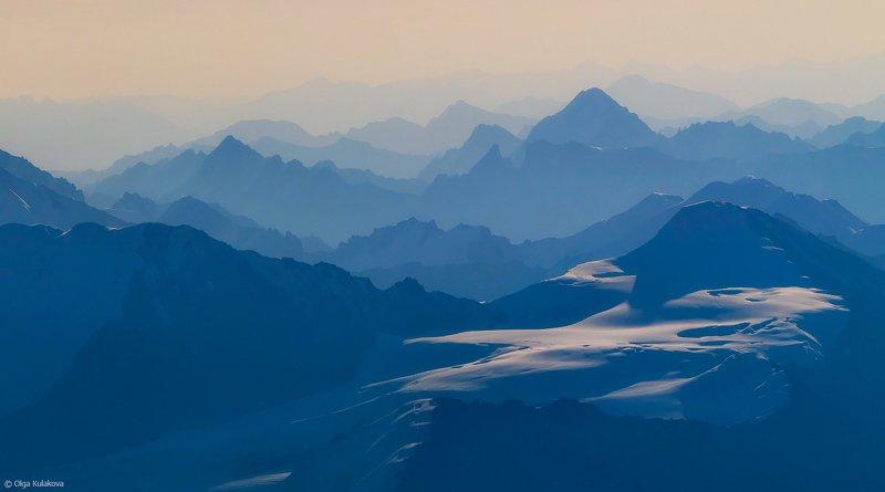 тянь-шань, горы, рассвет, мраморная стена Призрачный Тянь-Шаньphoto preview