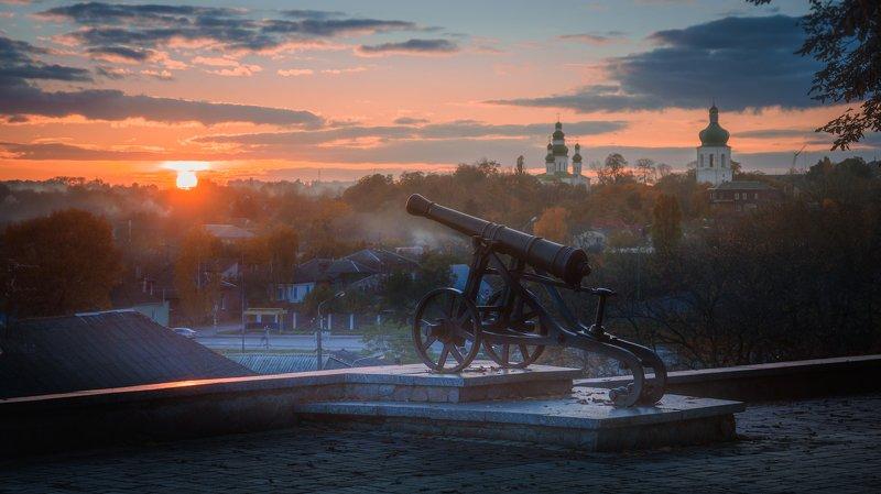 осень, город, древний, закат, солнце, церковь, монастырь, пушка В старом городе осень...photo preview