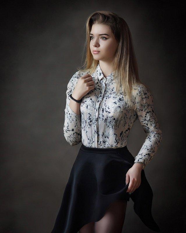 девушка, портрет Софьяphoto preview