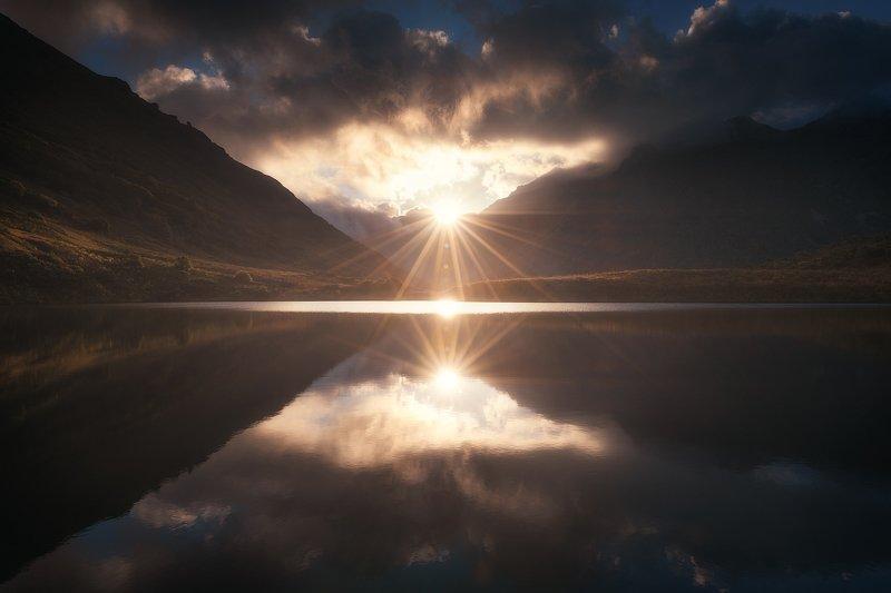 рассвет, горы, озеро, кавказ, пейзаж Планета Дзитакуphoto preview