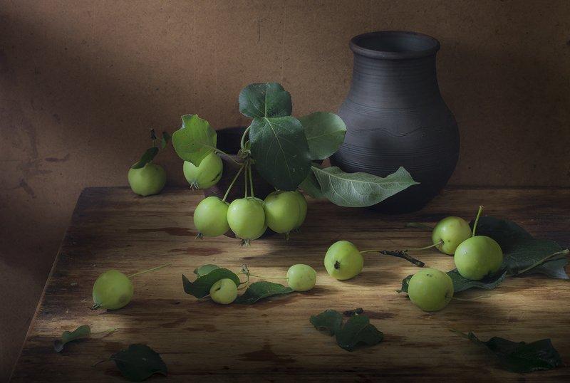 зелёные яблоки,натюрморт Зелёные яблокиphoto preview