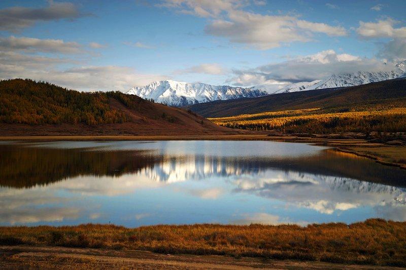 природа  алтай  горы пейзаж путешествие осень тени северо-чуйский хребет отражение озеро Урочище Ештыколь...photo preview
