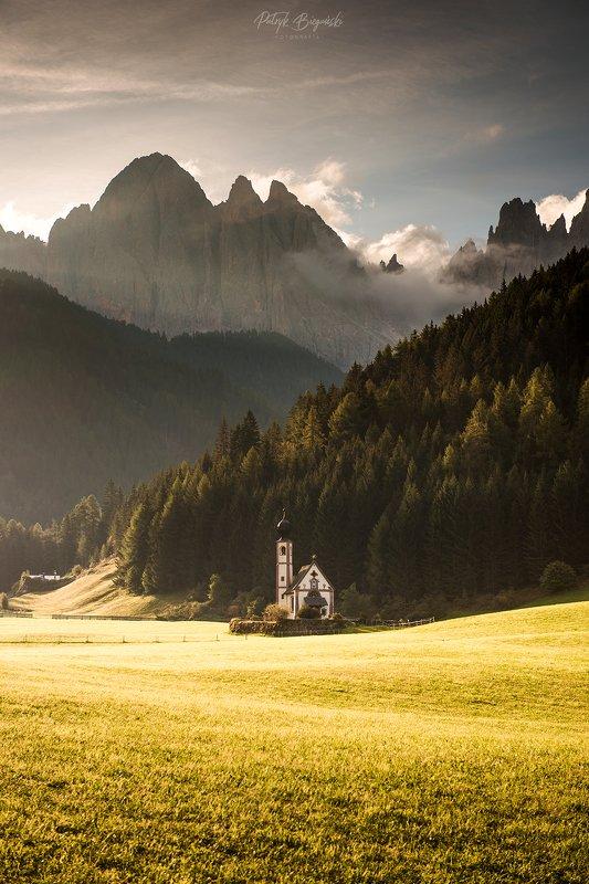 mountains, landscape, church, architecture, dolomites, italia, italy, dolomiti, unesco, mountainscape, forest, wood, autumn, sunrise, light, sun, Chiesettaphoto preview