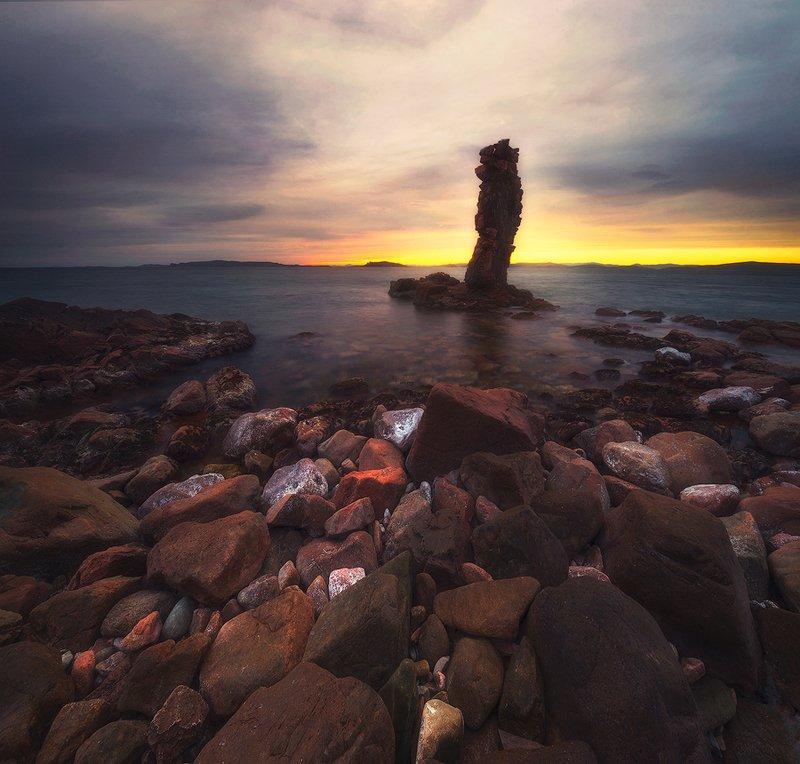 закат краски свет море остров шкота кекур камни волны пейзаж вечер морской пейзаж россия владивосток фото ,,Последний закат,,photo preview