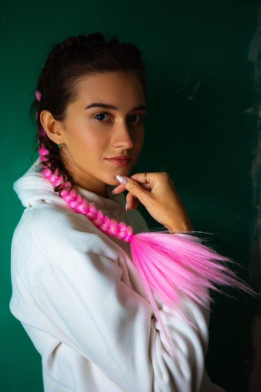 фотограф портрет девушка Розовые косичкиphoto preview