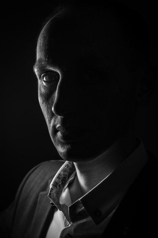 портрет, мужчина Павелphoto preview