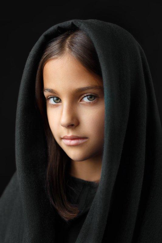 ребенок портрет Таяphoto preview