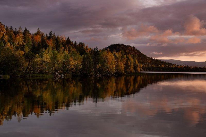 осень, Кольский полуостров, озеро Марфа Серная осеньphoto preview
