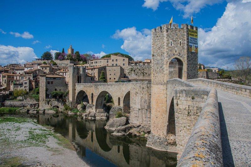 бесалу, мост, испания, каталония, старая крепость, река Мост. Бесалу, Каталонияphoto preview