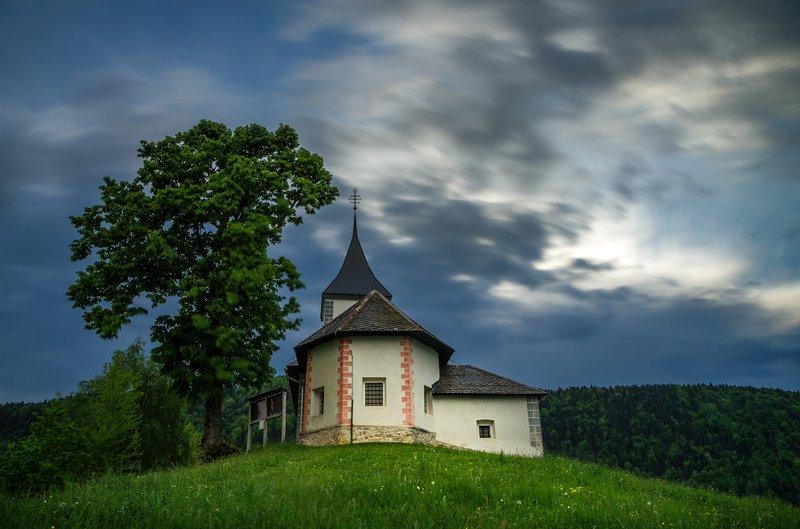 landscape, nature, scenery, chapel, church, clouds, blue, bluehour, mountain, slovenia Yamnik - 68 blue secondsphoto preview