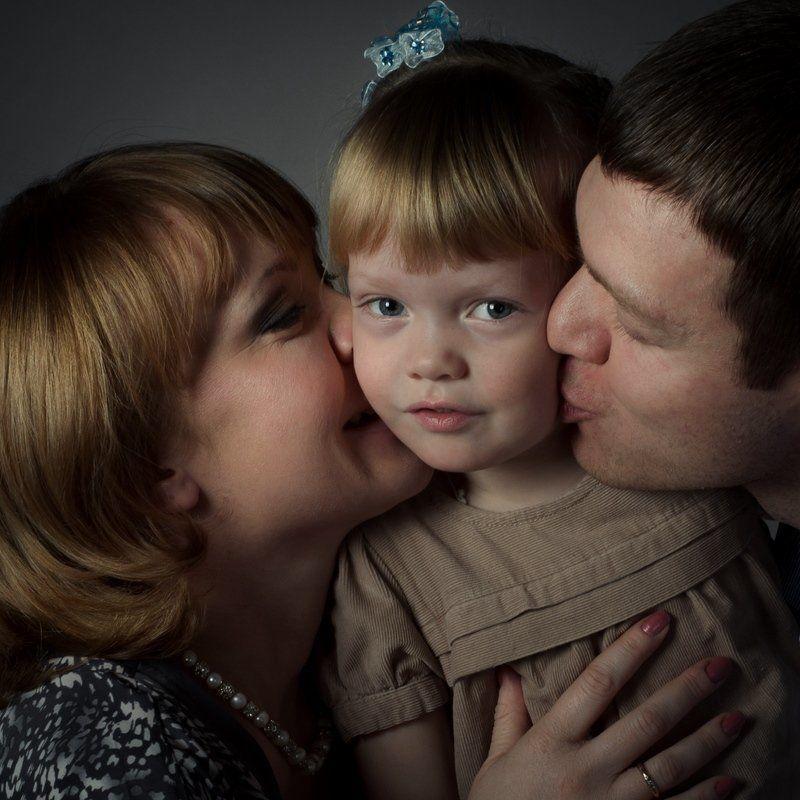 семья, студия, счастье, детство Love surroundphoto preview