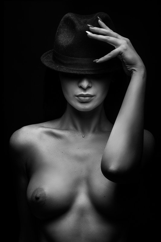 nude, portrait, fineartnude, bw, girl, woman, beauty Greetingphoto preview