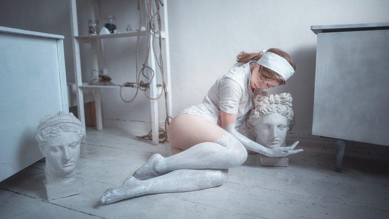 girl, gypsum, paint, model, sculpture, art, beauty, creativity, Krasnodar, Russia, девушка, гипс, краска, модель, скульптура, искусство, красота, творчество, Краснодар, Россия Marblephoto preview