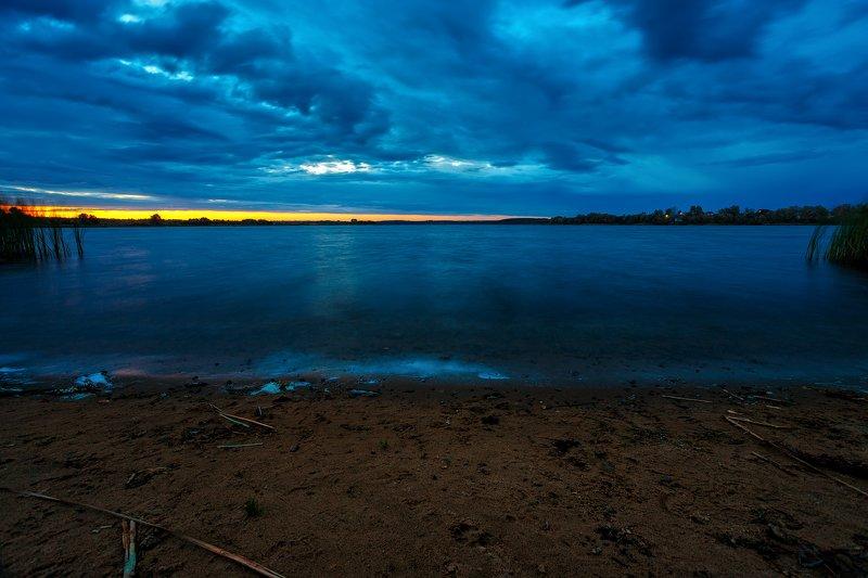 пейзаж, пруд, озеро, гроза Четыре стихииphoto preview