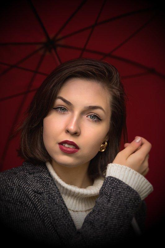 девушка. портрет. естественный свет. улица Татьянаphoto preview