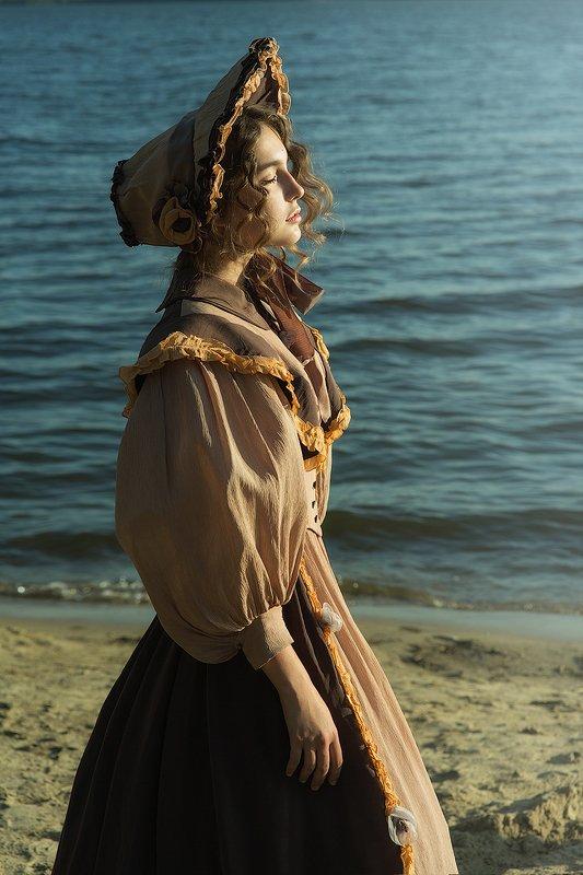 девушка, солнце, исторический костюм, платье, шляпа, история, постановка  Ожиданиеphoto preview
