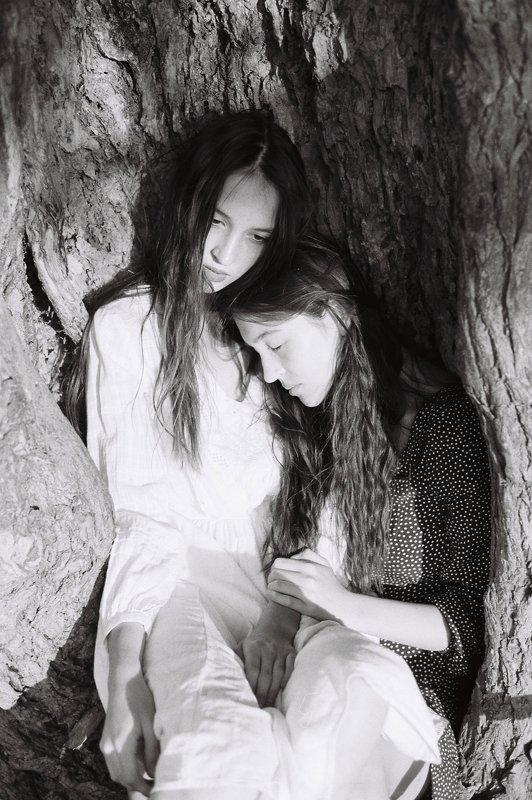 Катя и Настяphoto preview