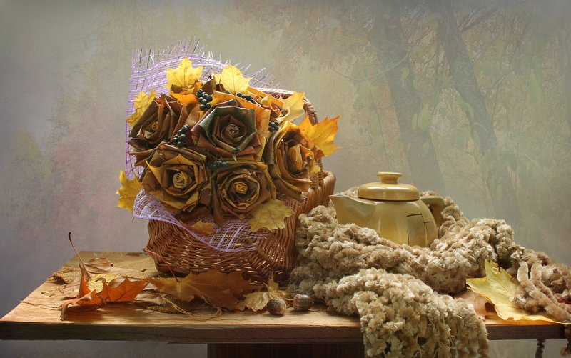 натюрморт, осень, листья, корзина, чайник, настроение В парк приходит осень...photo preview