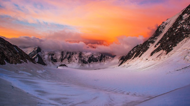 Алтай, Белуха, Рассвет, Оранжевый, Яркий, облака, небо, утро, горы Утро Алтаяphoto preview