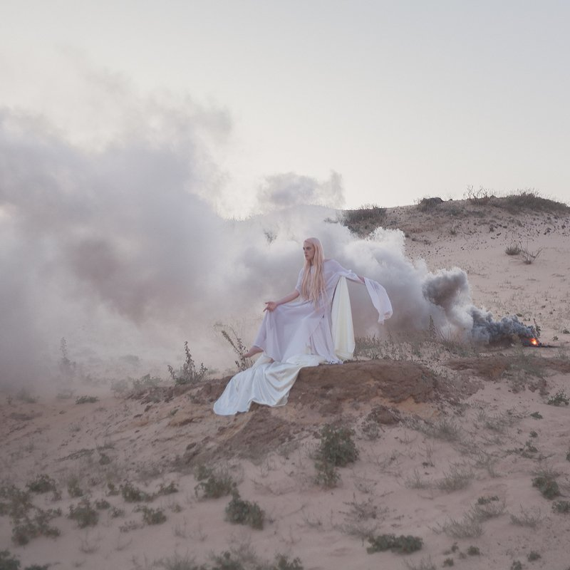 sand, white, pink, woman, model, throne, goddess, quarry, desert, sand un\'ode alle sabbiephoto preview
