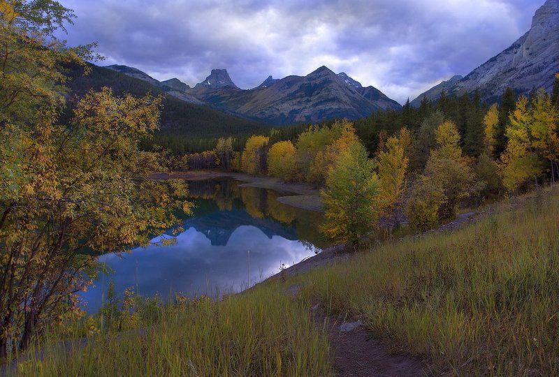 канада, скалистые горы, озеро, осень, отражения ***photo preview