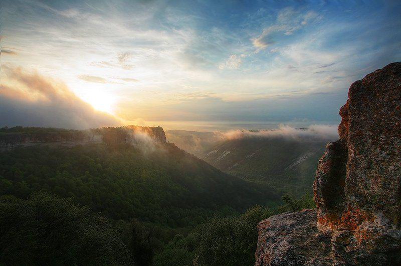 мангуп-кале, эски-кермен, пешерный город, крым 2 твердыни Крыма: пещерные города Мангуп-Кале и Эски-Керменphoto preview