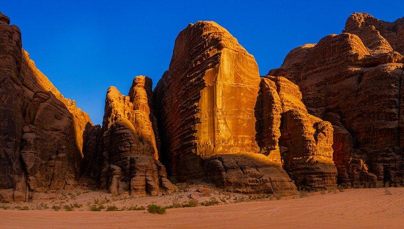 Wadi Rum-Jordaniaphoto preview