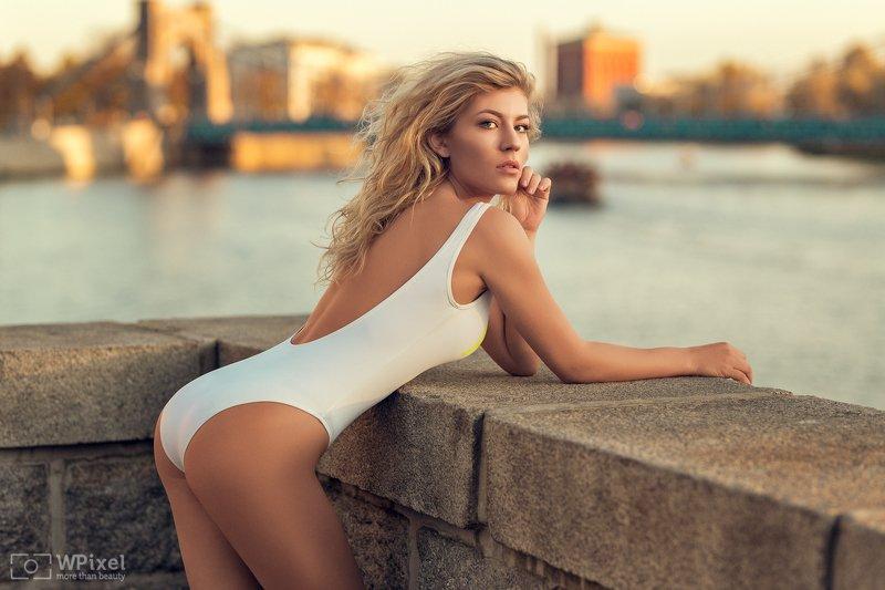 portrait women blonde sexy legs women by wpixel (More Than Beauty)photo preview