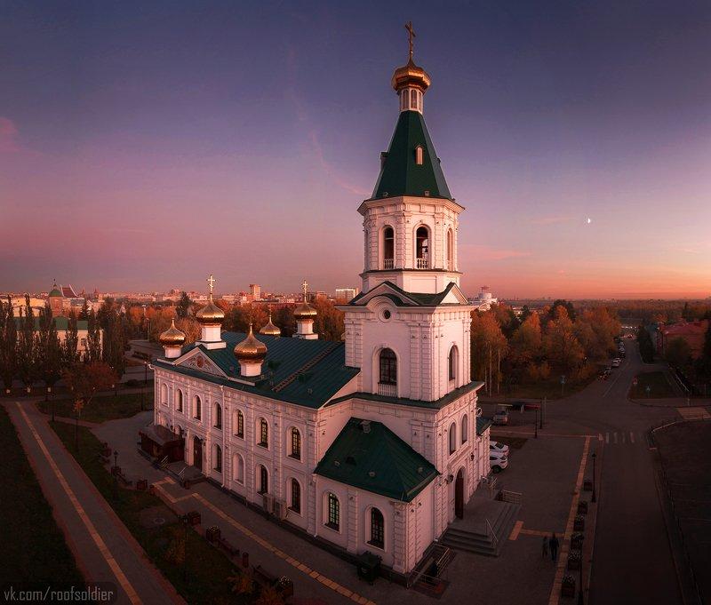 Город, крыша, церковь, пейзаж, закат, осень Воскресенский собор, Омскphoto preview
