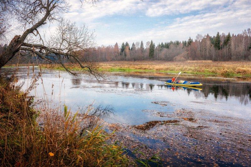 река, москва, осень, байдарка, каяк, природа, подмосковье По осенней рекеphoto preview