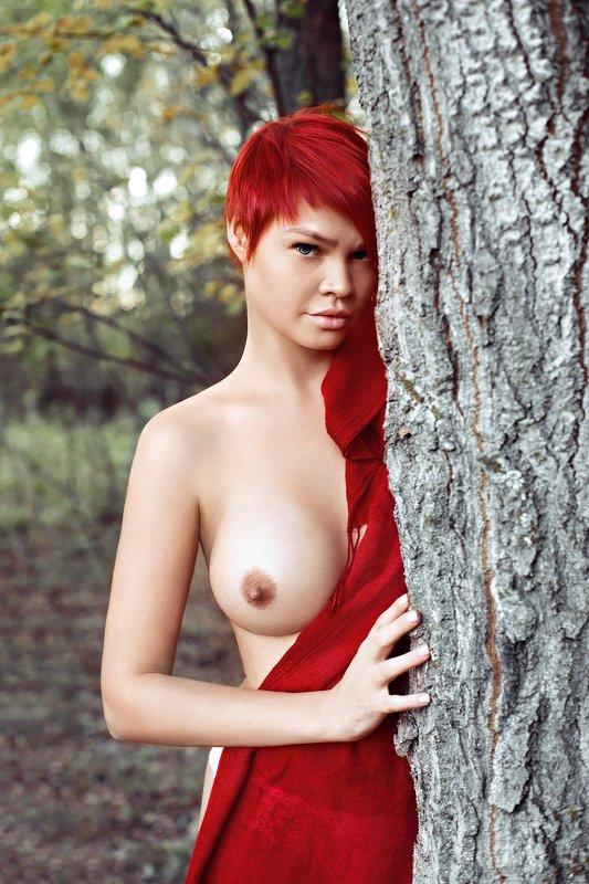 Красноеphoto preview