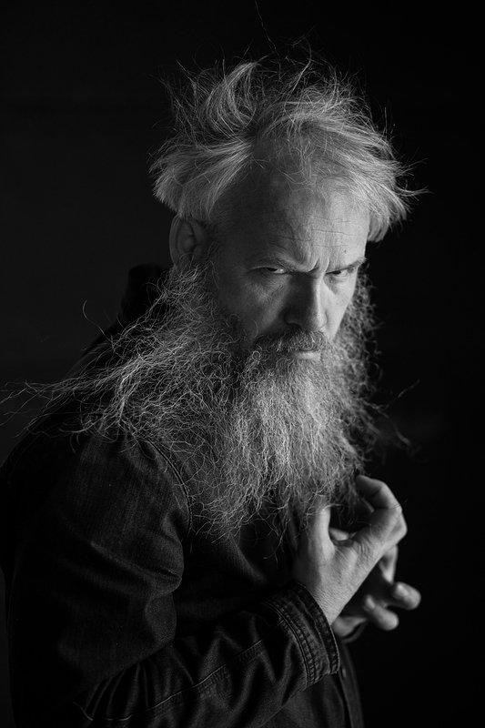 портрет, слонов, чб, черно-белый, мужской портрет Художник Слоновphoto preview