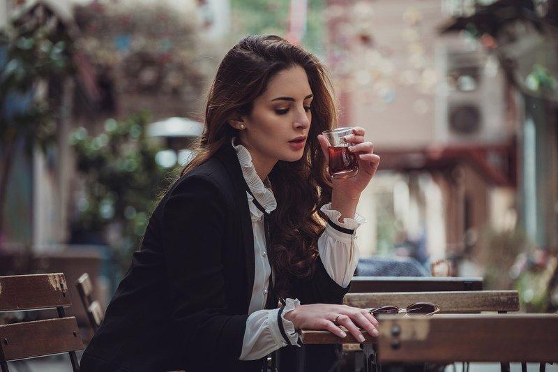 город, прогулка, девушка, весна, счастье, Стамбул, , брюнетка, city, town, walk, woman Гимена апрель 2019 Стамбулphoto preview