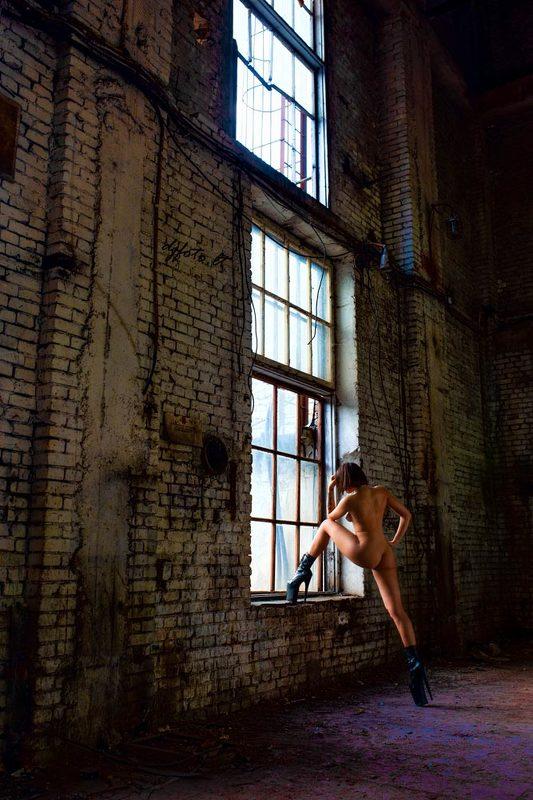 djfoto, urbex, abandoned beauty, nudevilnius, nude Big Stepphoto preview