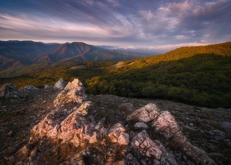 рассвет, горы, крым, чатырдаг Рассвет у подножья плато Чатыр-Даг, Крымphoto preview